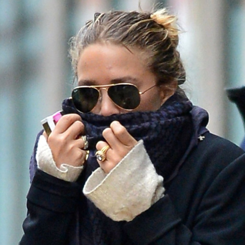 Mary-Kate-Olsen-Engagement-Ring-Pictures