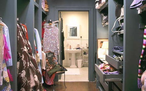 carries closet via hbo site e1c55