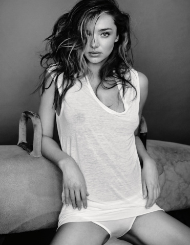 miranda-kerr-by-mario-testino-for-gq-uk-may-2014-13