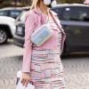 Pařížský fashion week a roušky v akci: