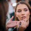 Oriflame make-up v zákulisí Schwarzkopf ELite Model Look 2021